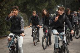 Jaunieši dosies muzikālā velotūrē