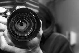 Jauniešus un darbā ar jaunatni iesaistītos aicina piedalīties foto un video pieredzes stāstu konkursā